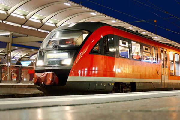 Öffentlicher Nahverkehr und Gleisbausicherung